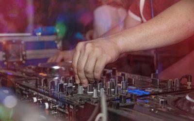 Qu'est-ce qu'un bon DJ de mariage ?