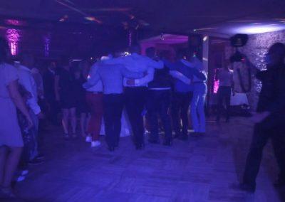 Piste de danse avec DJ Jour Précieux